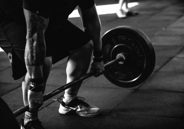 Six Essential Weight Lifting Moves for Beginners